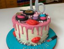 Drip Cake - Drip cake in thema make-up sweet 16